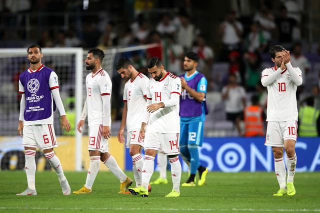 CĐV Iran giàn giụa nước mắt sau thảm bại trước Nhật Bản - Ảnh 6.