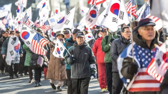 Thảm cảnh của người già Hàn Quốc: Chạy ăn từng bữa, tự tử để chấm dứt sự đày đọa - Ảnh 3.