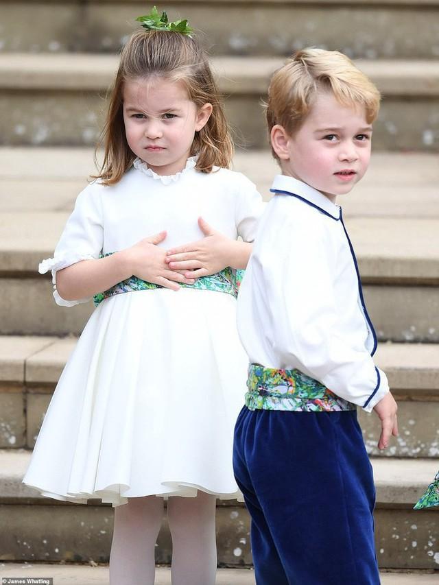 """Choáng váng với những quy tắc nghiêm ngặt của bảo mẫu """"khét tiếng"""" dành cho Hoàng tử George và Công chúa Charlotte - Ảnh 3."""