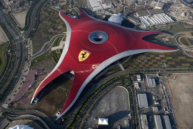 Hoàng tử UAE mua sạch vé, không cho dân Qatar vào xem bán kết Asian Cup quyền lực đến mức nào? - Ảnh 7.