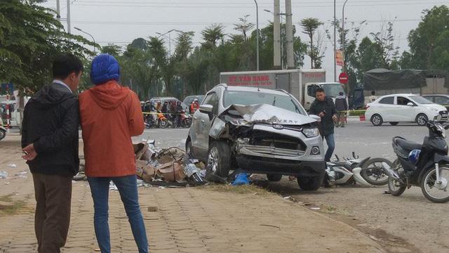 Chủ xe ô tô điên đâm hai vợ chồng tử vong ở Hà Nội là phụ nữ - Ảnh 1.
