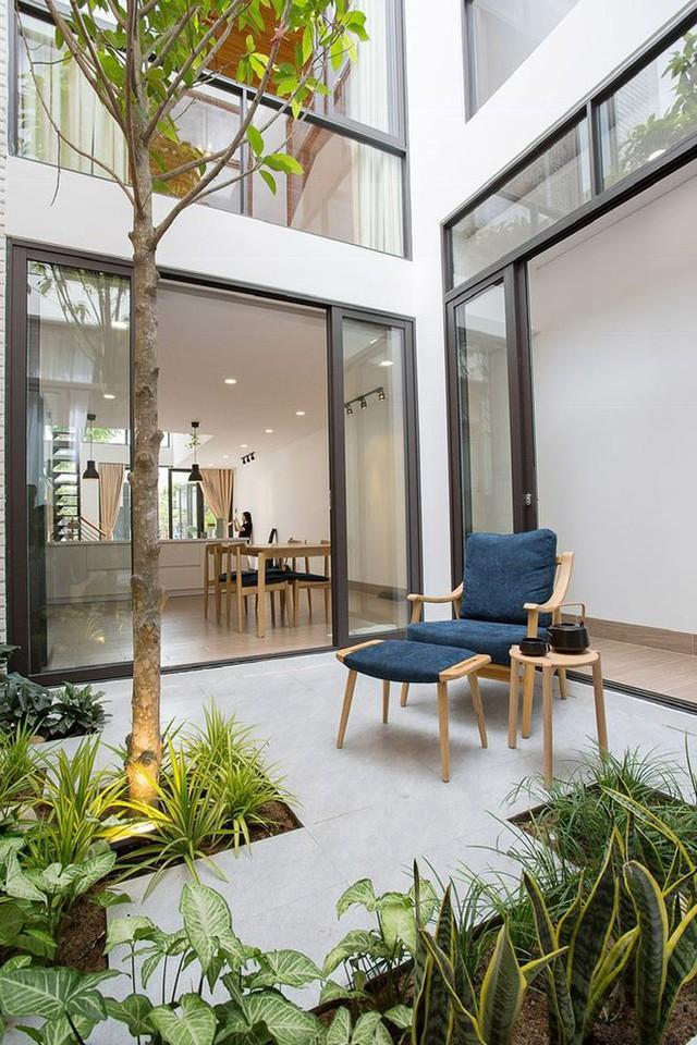 Nhà phố 2 tầng khoảng 1 tỷ đẹp mê mẩn với thiết kế gây ấn tượng mạnh - Ảnh 6.