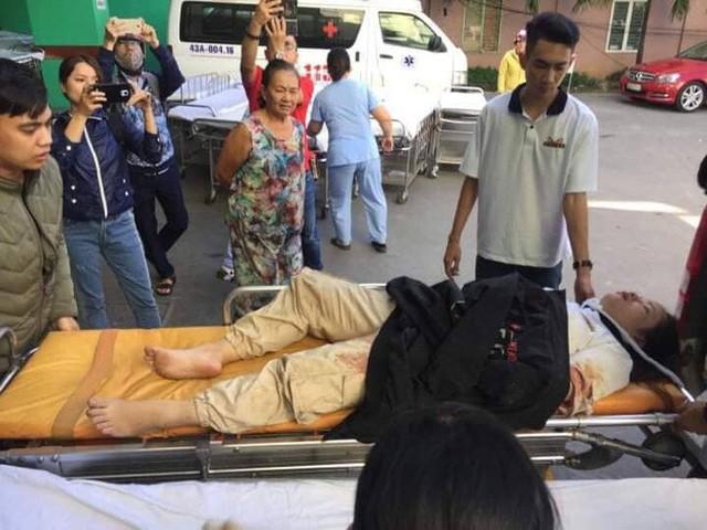 Người cứu 10 nạn nhân vụ xe khách lao xuống đèo Hải Vân: Nhiều em mắc kẹt trong xe gào khóc, kêu cứu thất thanh - Ảnh 11.