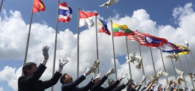 Báo Úc: Việt Nam đã trở thành người cầm cờ trong những nỗ lực tự do hóa thương mại những năm gần đây - Ảnh 2.