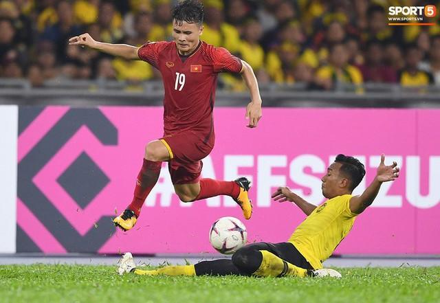 Tuyển Việt Nam đối đầu Malaysia: Fan Việt từng phải đổ cả máu và rất nhiều nước mắt cho cặp đấu kịch tính hàng đầu Đông Nam Á - Ảnh 9.