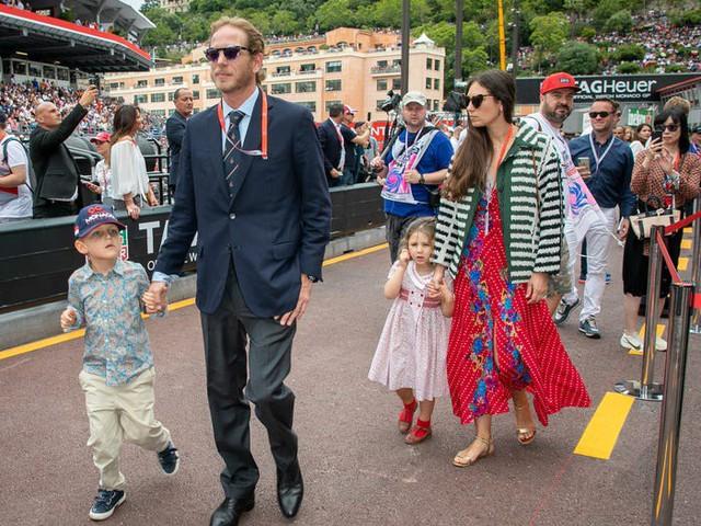 Cuộc sống viên mãn đến khó tin của nữ tỷ phú giàu nhất Monaco - nơi có 30% dân số sở hữu trên 1 triệu USD - Ảnh 7.
