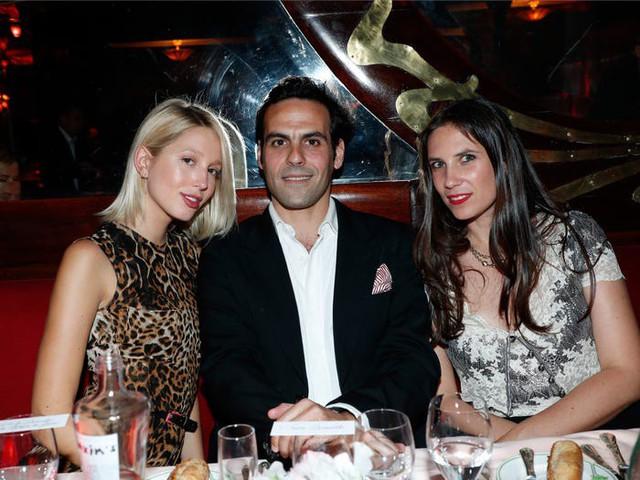 Cuộc sống viên mãn đến khó tin của nữ tỷ phú giàu nhất Monaco - nơi có 30% dân số sở hữu trên 1 triệu USD - Ảnh 12.