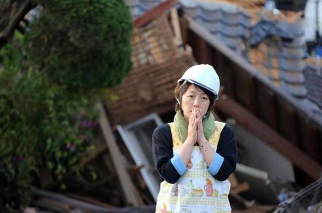 Khi đất nước bị thiên tai tấn công, những người vợ Nhật Bản đã thể hiện kỹ năng không chỉ cơm áo mà còn giúp cả gia đình sinh tồn - Ảnh 17.