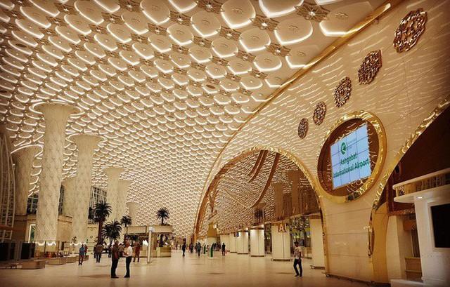Choáng toàn tập trước 16 sân bay đẹp nhất thế giới, du khách đến chỉ muốn ở lại luôn chứ chẳng thèm đi đâu nữa! - Ảnh 4.