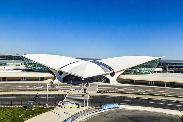 Choáng toàn tập trước 16 sân bay đẹp nhất thế giới, du khách đến chỉ muốn ở lại luôn chứ chẳng thèm đi đâu nữa! - Ảnh 17.