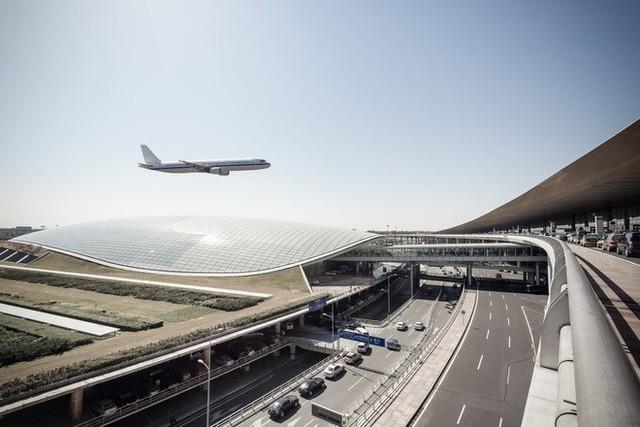 Choáng toàn tập trước 16 sân bay đẹp nhất thế giới, du khách đến chỉ muốn ở lại luôn chứ chẳng thèm đi đâu nữa! - Ảnh 20.