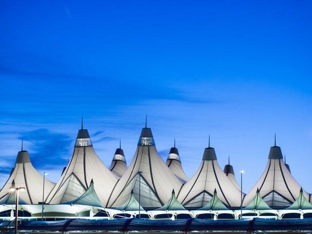Choáng toàn tập trước 16 sân bay đẹp nhất thế giới, du khách đến chỉ muốn ở lại luôn chứ chẳng thèm đi đâu nữa! - Ảnh 22.