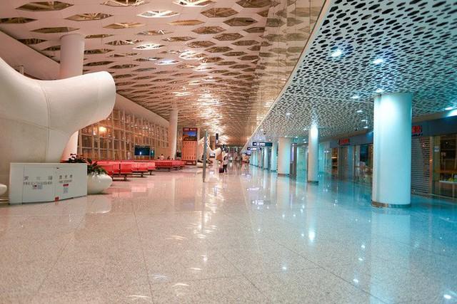 Choáng toàn tập trước 16 sân bay đẹp nhất thế giới, du khách đến chỉ muốn ở lại luôn chứ chẳng thèm đi đâu nữa! - Ảnh 14.