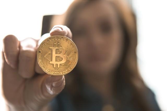 Bitcoin yếu ớt, nguy cơ trượt xuống 5.000 USD - Ảnh 1.