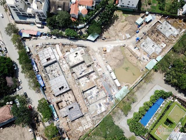 Bất chấp kẹt xe, ngập nước, khu nhà giàu Thảo Điền vẫn ken đặc dự án BĐS - Ảnh 11.