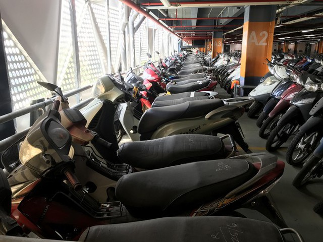 Hàng trăm xe máy nằm vạ nhiều năm ở sân bay Tân Sơn Nhất - Ảnh 12.