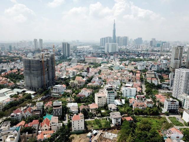 Bất chấp kẹt xe, ngập nước, khu nhà giàu Thảo Điền vẫn ken đặc dự án BĐS - Ảnh 3.