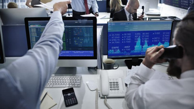 Có 4 chiến lược đầu tư trên thị trường chứng khoán, bạn thuộc loại nào? - Ảnh 3.