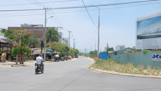 Đất Đà Nẵng xì hơi sau 3 năm tăng phi mã - Ảnh 1.