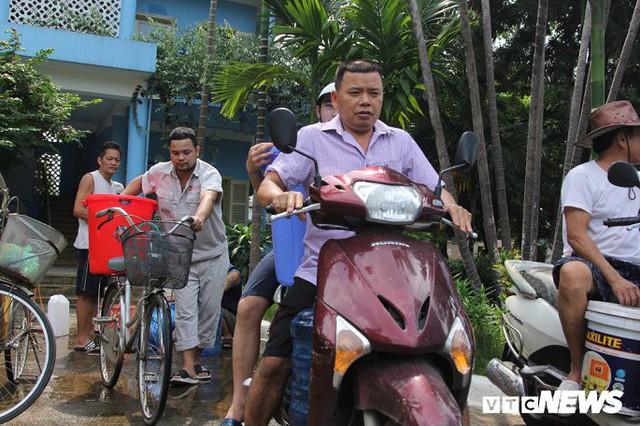 Nhiều quận nội thành được cấp nước sạch sông Đà trở lại - Ảnh 1.