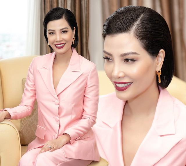 Siêu mẫu quốc tế đầu tiên của Việt Nam: Lương 500 USD/tháng là đỉnh cao năm 1998 cho sinh viên mới ra trường nhưng không phải lý do khiến tôi bỏ sàn catwalk - Ảnh 6.