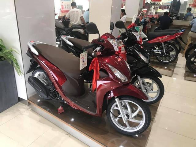 Xe máy đồng loạt tăng giá, chênh cao nhất 17 triệu đồng - Ảnh 1.