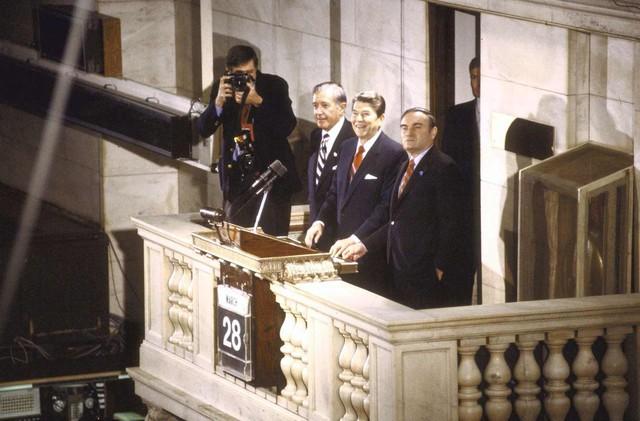Chứng khoán Mỹ biến động thế nào dưới thời các đời tổng thống? - Ảnh 2.