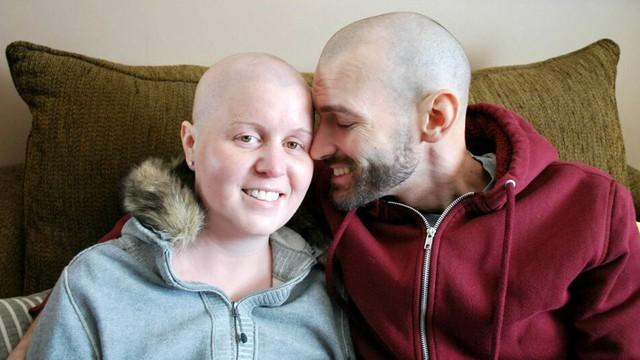 """3 loại """"ung thư cặp đôi"""" nguy hiểm: Nếu vợ hoặc chồng đang mắc thì người kia buộc phải khám càng sớm càng tốt - Ảnh 1."""