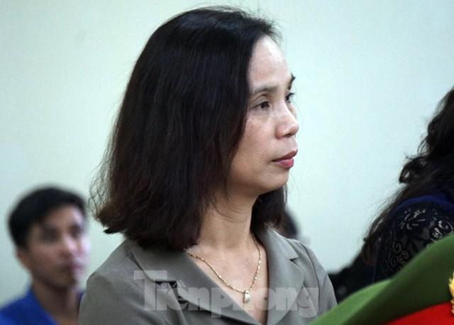 Vợ Chủ tịch tỉnh nhờ Phó GĐ Sở giúp đỡ vụ nâng điểm thi ở Hà Giang - Ảnh 3.