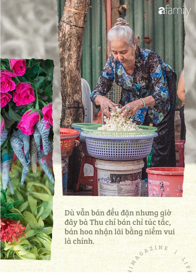 Triết lý sung sướng phụ nữ hiện đại nào cũng phải học từ cụ bà 81 tuổi bán hoa thơm 70 năm ở góc chợ Đồng Xuân - Ảnh 9.