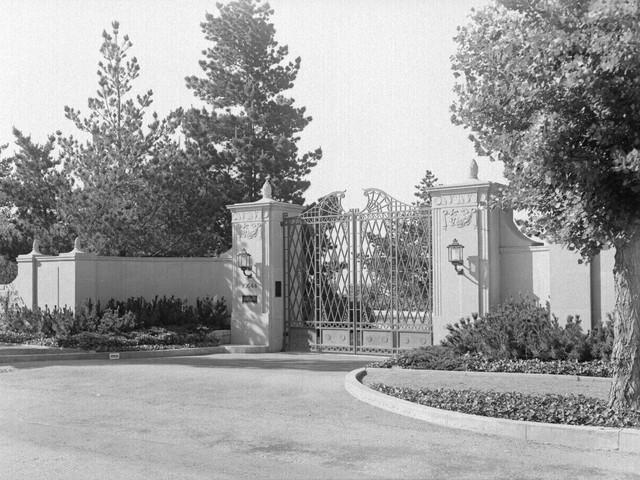Dinh thự đắt nhất tại Mỹ được rao bán 225 triệu USD - Ảnh 2.