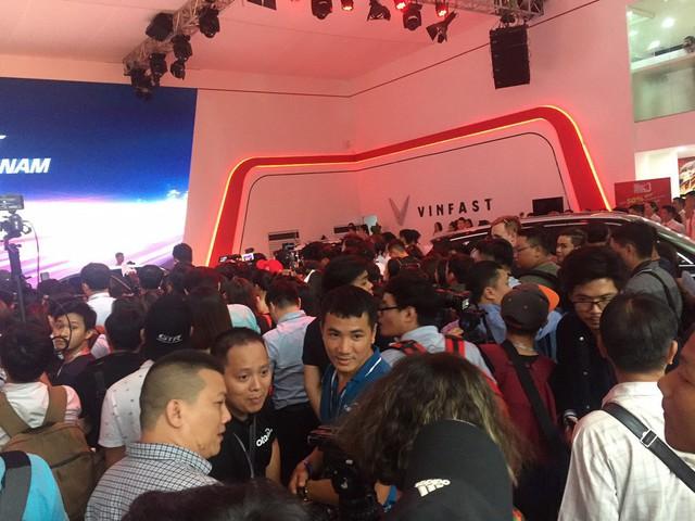 Gần 100 mẫu ôtô mới nhất trình diễn tại Vietnam Motor Show 2019 - Ảnh 3.