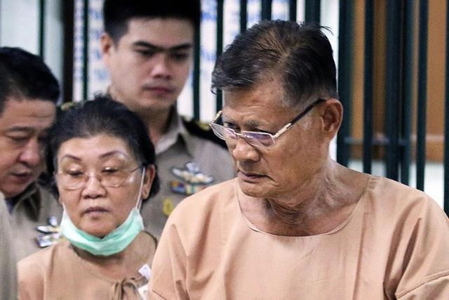 Bi kịch của cựu Vương phi Thái Lan bị phế truất: Nhận bạc tỉ nhưng phải từ bỏ con trai, cha mẹ 70 tuổi ngồi tù vì tham nhũng - Ảnh 5.