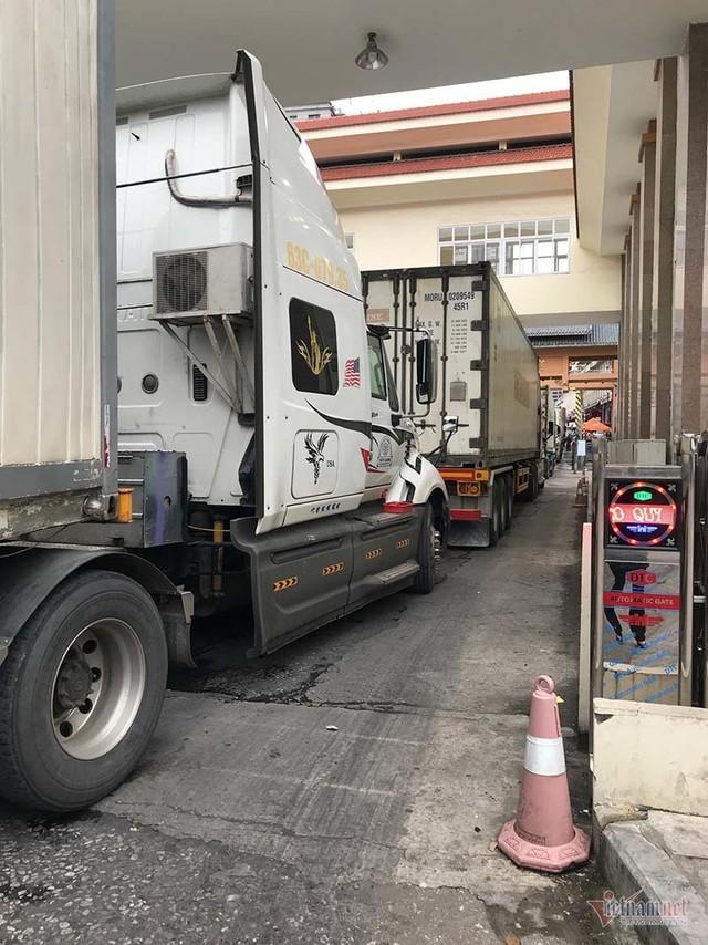 Tin từ cửa khẩu Tân Thanh, hôm nay hết ùn tắc sang Trung Quốc - Ảnh 1.