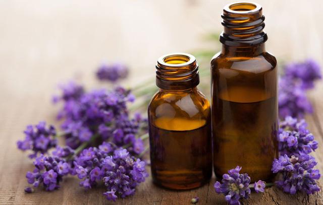 Cứu tinh mùa lạnh: có 8 loại tinh dầu này trong nhà, xoá tan nỗi lo viêm họng cho cả gia đình - Ảnh 2.