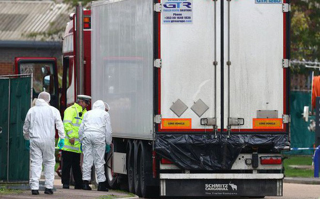Thủ tướng giao Bộ Công an vào cuộc vụ nghi có người Việt trong 39 người chết tại Anh - Ảnh 1.