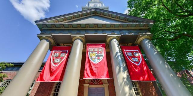 Hầu hết top 400 tỷ phú của Forbes đều xuất thân từ những ngôi trường danh tiếng này: Vị trí số 1 không phải Harvard, Stanford lẫn Yale!  - Ảnh 4.