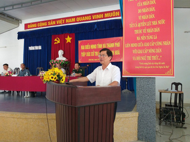 Nguyên chủ tịch Khánh Hòa xin cắt hết chức vụ - Ảnh 1.