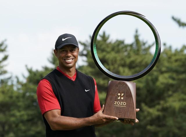 Vô địch ZOZO Championship đầy thuyết phục, Tiger Woods san bằng kỷ lục huyền thoại Sam Snead nắm giữ suốt 54 năm qua - Ảnh 2.