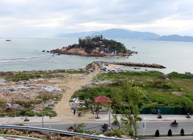 Khánh Hòa thu hồi đất dự án 'lấp biển' 30 triệu USD để làm công viên - Ảnh 1.