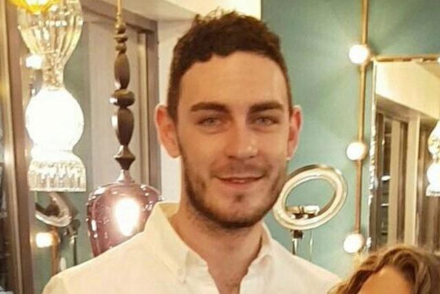 39 thi thể ở Anh: Cảnh sát tìm thấy gì sau 4 ngày điều tra? - Ảnh 5.