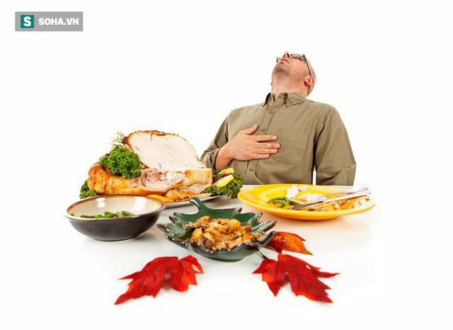 PGS Nội tiết chỉ ra sai lầm trong ăn uống của người Việt là gốc rễ của tất cả bệnh tật - Ảnh 2.