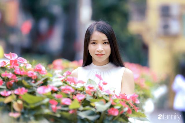 Emily Ngân Lương - Cô gái người Tày đỗ Tiến sĩ tại ĐH Birmingham của Anh ở tuổi vừa ngoài 30, được công nhận là một trong số ít công dân toàn cầu - Ảnh 1.