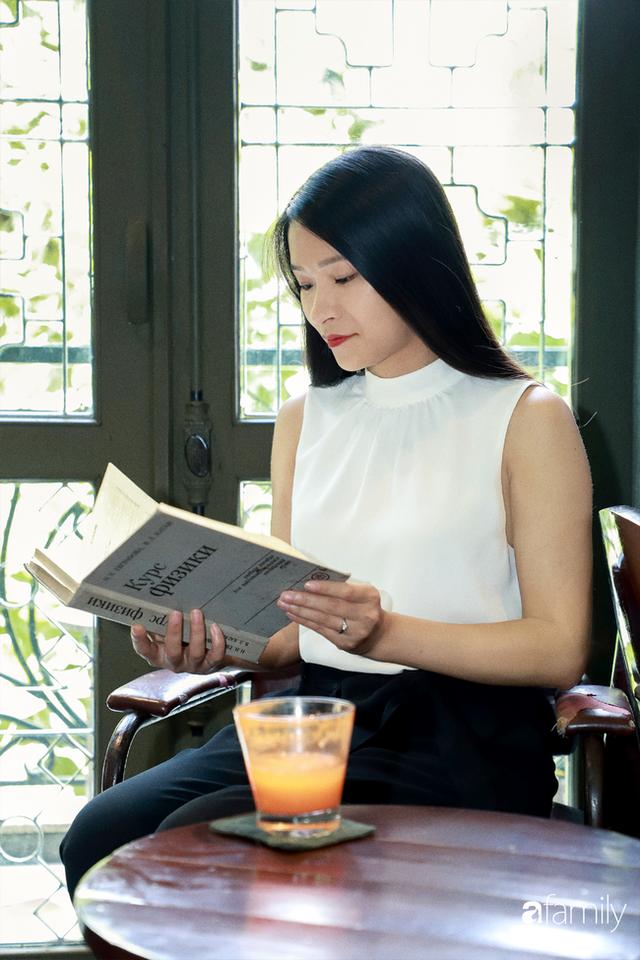 Emily Ngân Lương - Cô gái người Tày đỗ Tiến sĩ tại ĐH Birmingham của Anh ở tuổi vừa ngoài 30, được công nhận là một trong số ít công dân toàn cầu - Ảnh 2.