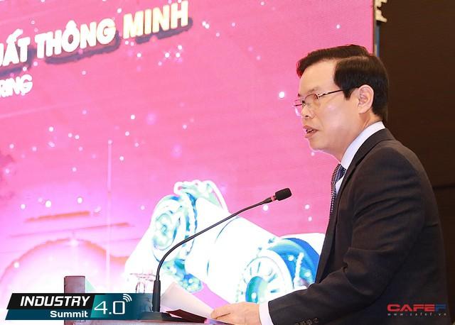 Phó Trưởng Ban Kinh tế Trung Ương Triệu Tài Vinh: 4.0 không chỉ là cách mạng công nghệ mà quan trọng hơn là cách mạng về thể chế - Ảnh 2.