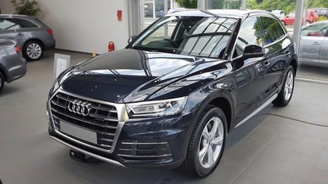 Xả hàng cuối năm, ô tô giảm giá 200-300 triệu - Ảnh 2.