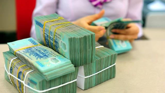 Tiết kiệm cuối năm, chọn ngân hàng lãi suất cao nhất gửi tiền - Ảnh 2.