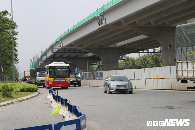 Ảnh: Gấp rút hoàn thiện đường vành đai 3 để kịp thông xe ngày 10/10 - Ảnh 8.