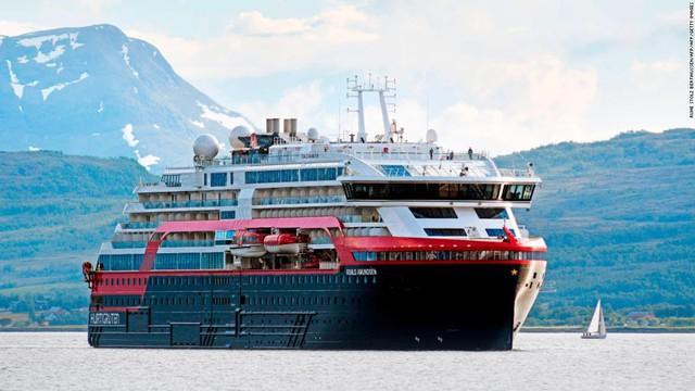Tàu du lịch tạo ra khí thải cao gấp 10 lần toàn bộ xe hơi ở châu Âu, vận tải biển mới là ngành cần ra tay chống đỡ biến đổi khí hậu - Ảnh 2.
