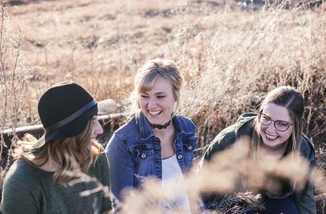 4 mẹo nhỏ giúp những người làm việc tại nhà không cảm thấy cô đơn và chán nản  - Ảnh 1.